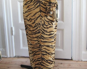 REDUCED 4 - Vtg 50s/80s Fabulous Tiger Pencil Skirt with Purse, Sz S