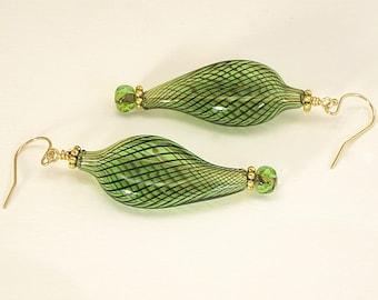 Green Venetian Glass Earrings, green earrings, green jewelry, glass earrings, Murano earrings, green and gold, Venetian jewelry, dangle