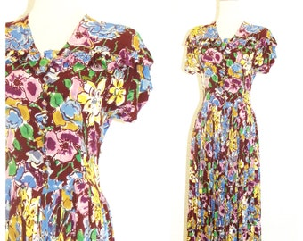 1930s Artistic Paint-Brushed Floral Rayon Crepe Ruffled Pleated Short Sleeve Day Dress