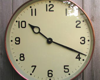 1940/50s Large Gents of Leicester Vintage Copper Electric Wall Clock.