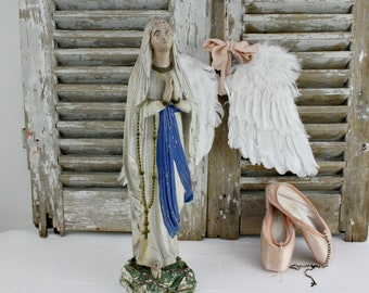 Virgin Mary Statue / French Nordic Decor / Religous Statue / Madonna Statue / Catholic Statue / Mother Mary Statue / Religous Decor