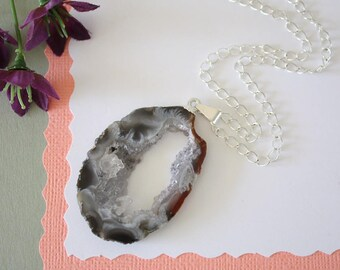 Geode Necklace Silver, Crystal Necklace, Geode Agate Slice, Boho Jewelry, Druzy Pendant, Natural Geode, GS124