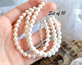 Bridesmaid bracelet set of 10 ten Bridesmaid gift set of 10 Simple pearl bracelet Ivory Off white bracelet Wedding jewelry Bridal bracelet