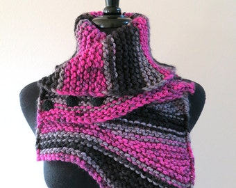 Gray Magenta Black Color Stripes Knitted Capelet Collar Cowl Scarf Wrap with Three Black Buttons