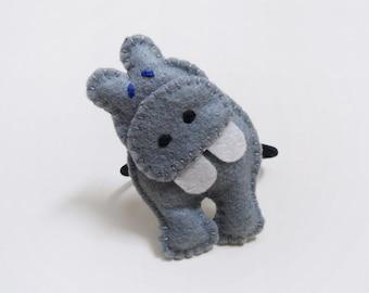 Grey hippo hair tie