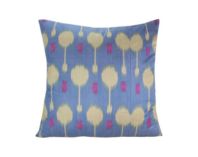 Ikat Pillow, Handmade Ikat Pillow Cover  S230, Ikat throw pillows, Designer pillows, Decorative pillows, Accent pillows