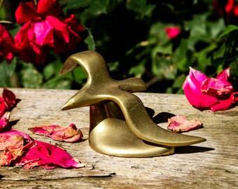 Sale 25% Off! Graceful Vintage Brass Seagull Figurine