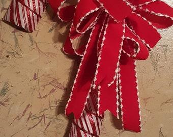 Sparkle Candy Cane Wreath
