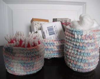 Baskets, crocheted