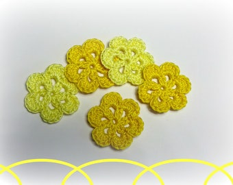 "5 yellow flower pattern crochet 3 cm (1.18 "")"