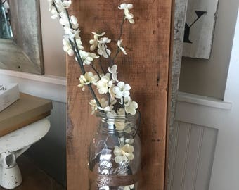 Farmhouse ball jar hanging wall vase on Barnboard