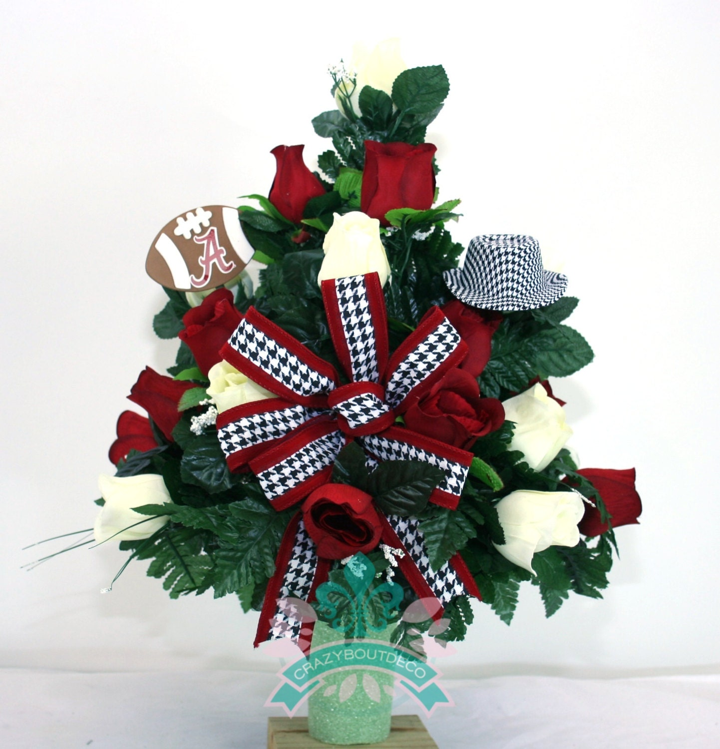 heaven for holiday wreaths queen of flowers vase mt christmas flower illinois memorials and home vases sons cemetery hillside bertacchi carmel
