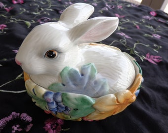Vintage Fitz and Floyd Essentials Bunny and Berries Covered Dish, Candy Dish, Lidded Bowl Keepsake Trinket box  Undamaged