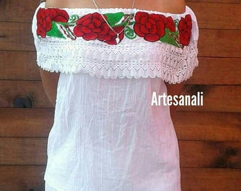 Mexican Embroidered peasant blouse off the Shoulder One size