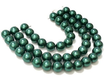8mm Emerald Glass Pearl Beads / Green Glass Beads / DIY Jewelry Making / Glass Pearls / Glass Beads