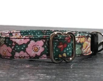 Small Floral Cat Collar, Kitty Collar, Female Cat Collars, Girl Kitty Collars,Pet Supplies, Cute Collars, Designer Collars,Breakaway Collars