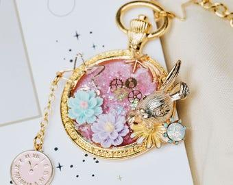 Handmade Antique resin Charm Pendant Necklace Mr.Rabbit Alice in Wonderland Ver.1