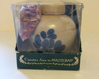 """Vintage Pfaltzgraff Folk Art Potpourri Jar """"Country Airs"""" by Pfaltzgraff with Lid NIB Stoneware"""