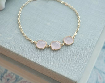 Pink Opal Glass Wedding Bracelet. Light Pink and Gold Bracelet, Bridesmaids Bracelet, Bridesmaid Gift, Bridal Wedding Bracelet, Flower Girl