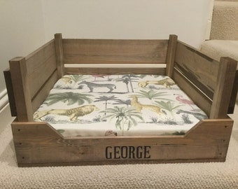 Vintage Style Reproduction Wooden Apple Crate Dog Bed with Foam Covered Cushion