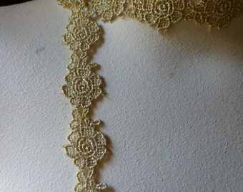 2 yds. Gold Lace Trim with Roses for Bridal, Costumes, Crafts GL 12