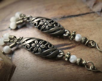 Earrings Bronze flower • • mother of pearl beads new forged • • • • Arts Bohemian jewelry style ethnic romantic
