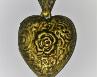 Large Deco Vintage Embossed Brass Locket