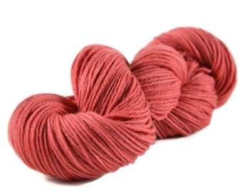 Worsted Yarn, Superwash Merino yarn, worsted weight yarn, wool yarn, 100% Superwash Merino, pink, worsted merino, pink yarn - Dusty Rose