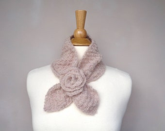 Ascot Scarf with Rose Flower, Baby Alpaca, Light Brown, Pull Through Keyhole Scarf, Small Neck Scarf, Hand Knit Neck Warmer, Fuzzy Texture