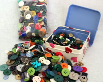 Buttons - assorted 150g bag