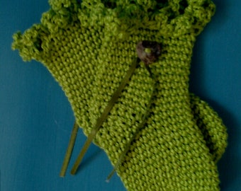 Woodland Baby Booties in Forrest Green