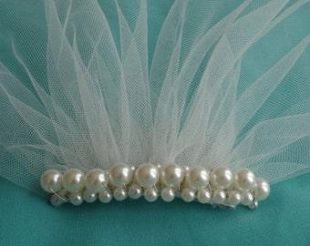 Veil Mini Blusher Tulle Birdcage Veil Petite Veil Mini Illusion Tulle Veil Pearls Ivory Veil Birdcage Vintage Style Tulle Veil wedding Sale