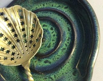 Ceramic spoon rest in Pete's Dragon Green