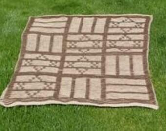 Rumanian Gate Illusion Knitting Pattern - Judaica
