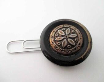 Vintage Flower Button Bookmark