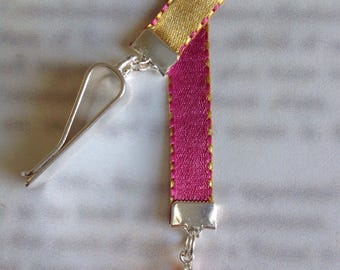 Pink Crystal Heart bookmark / Beautiful bookmark - Attach clip to book cover then mark the page with the ribbon. Never lose your bookmark!
