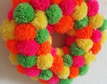 Bright Pom pom wreath 25 cm diameter