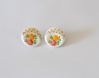 Vintage White Floral Clip-On Earrings