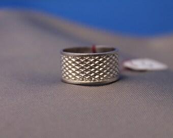 Hatch Pattern Ring