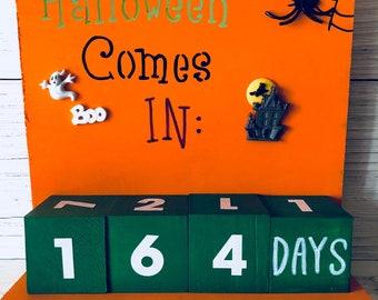 Halloween Countdown Calendar, Days Until, Countdown Blocks, Coworker Gift, Teacher Appreciation, Holiday Lover Gift, Haunted House Decor