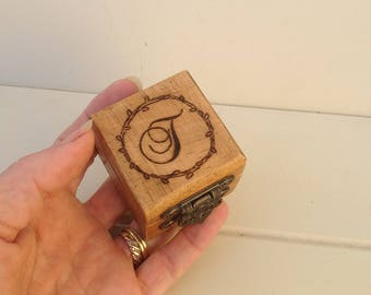 Personalised wooden ring box /Rustic ring box / wooden ring box / rustic wedding ring box /engraved wooden ring box