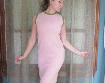 1960s Pink Sweater Shift Dress 60s Knit Dress 60s Mod Dress Pink Sheath Dress Twiggy Mad Men Sleeveless Sweater Dress