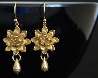 Gold Floral Earrings, Gold Flower Earrings, Gold Waterlily Earrings, Lotus Earrings, Gold Drop Earrings, Bridesmaids Earrings, Gift for Her