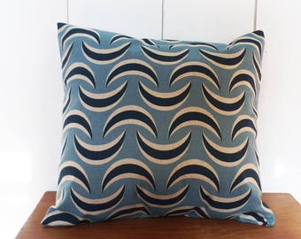Cushion cover 40 x 40 cm fabric waves blue motifs - decorative Scandinavian