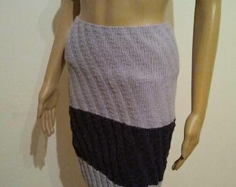 Knitted skirt in light and dark violet