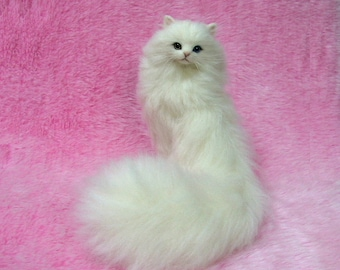 Needle Felted Odd-eyed Cat, White Long -haired Lucky Cat: Needle Felting