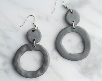 Two-tier Gray Circle Earrings