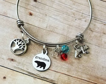 Grandma bear charm bracelets,grandmother's gifts,personalized jewerly,personalized gifts,grandmother,expandable bracelets,grandma gifts