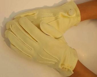 Gloves, Vintage Gloves, Yellow, Size 8, Womens Gloves, Dress Gloves, Wedding Gloves, 1950s, Tea Party Accessories