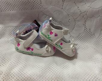 Keepsake Baby Shoes/Baby Girl/Mary Jane Shoe/Pink Flowers/Baby Shoes/Keepsake/Ornament/Room Decoration